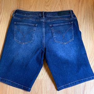 Calvin Klein Shorts W30